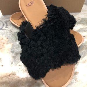 UGG Women's W Joni Black Size 8 new in box Sandals